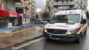 İzmirde sokak ortasında silahla yaralama