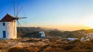 Kendi küçük, tarihi büyük Yunan adası Amorgos