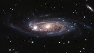 Yerel evrenin bilinen en büyük galaksisi görüntülendi