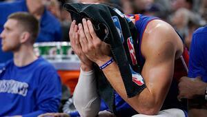 Blake Griffin sezonu kapattı