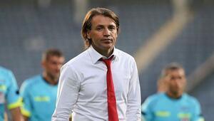 Antalyaspor Teknik Direktörü Tamer Tuna: Görüştüğümüz oyuncular var