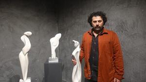 Dinçer Güngörürün Ben, Sen, O heykel sergisi Üsküdarda açıldı