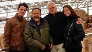 Michael Douglas çocukları Dylan ve Carys ile Efes Antik Kentini gezdi