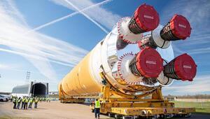 NASAnın Ay görevinde kullanılacak roketi testlere hazır