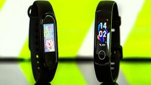 Xiaomi Mi Band 5 geliyor İyiden iyiye akıllı saate dönüyor
