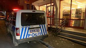Ümraniyede hareketli anlar Polis her yerde maskeli saldırganı arıyor