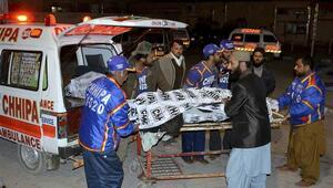 Pakistan'da cami saldırısı: 15 ölü, 19 yaralı