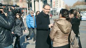 Bakan Kasapoğlu muhabir oldu, sokağa çıktı