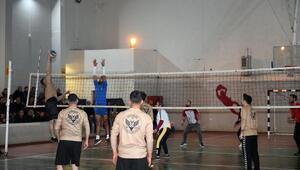 Çatakta kurumlararası Voleybol Turnuvası başladı