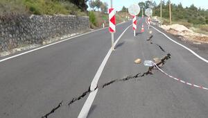 Antalyada yolda heyelan nedeniyle çökme