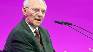 Schaeuble: 'Politikacılar tehlikede olduklarını biliyor'