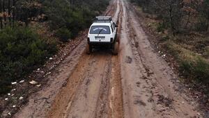 1996 model aracı off-road cipe çevirdi Görenler şaşkına döndü