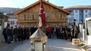 İffet Anıtını 20 bin kişi ziyaret etti