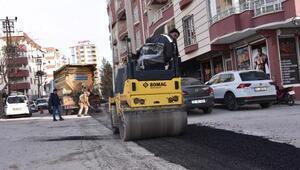 Siverek'te cadde ve sokaklarda düzeltme çalışmaları başladı.