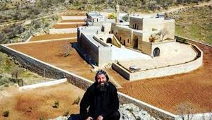 Son dakika... Mardinde büyük şok Teröristleri manastırda saklamış...