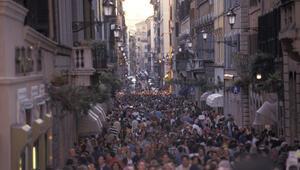 Rüyada kalabalık görmek ne anlama gelir Rüyada kalabalık insanlar görmenin tabiri