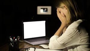 Siber zorbalık her 3 gençten 1'ini tehdit ediyor