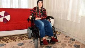 Başkan engelli genci önce ziyaret etti, sonra hediye gönderdi