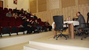 Medya temsilcileri Altınova Belediyesinde buluştu