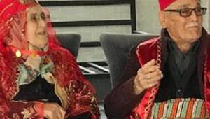 Kaçarak evlenen çifte, 58 yıl sonra çocuklarından düğün