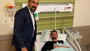 Kayserispor Kulübü Asbaşkanı Mustafa Tokgöz, tribünde yaralanan taraftarı ziyaret etti