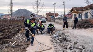 Turhal Belediyesinden yol yenileme çalışması