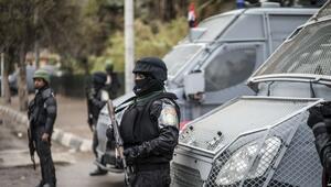 Son dakika haberi... AA ofisine polis baskınına Türkiyeden tepkiler... ABDden Mısıra flaş çağrı