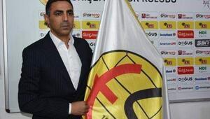 Eskişehirspor Teknik Direktörü Özer: Eskişehirspora gönül verenlerin savaşacağı bir kulübüz