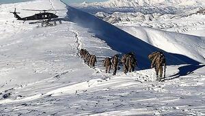 Licede PKKlı teröristlerin sığınağı kullanılamaz hale getirildi