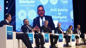 Başkan Büyükkılıç, akıllı şehirler kongresinde Kayseriyi anlattı