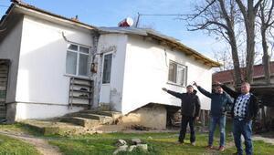 Mahalleli imam evinin onarılmasını istiyor