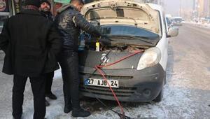 Yüksekova buz kesti
