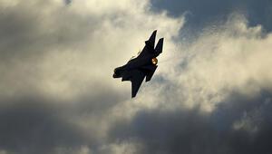 İsrail hava saldırısıyla Gazzeyi vurdu