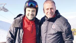 Gökhan Tepe sezonu açtı... -13 derecede kayak keyfi