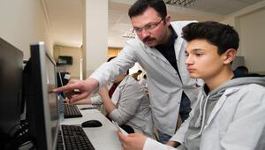 MEBden meslek lisesi öğrencilerine yazılım eğitimi