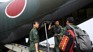 Japon askerleri yangın söndürme çalışmaları için Avustralyada