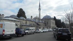 Sokullu Mehmet Paşa Cami külliyesinin çalınan kurşunları yenilendi