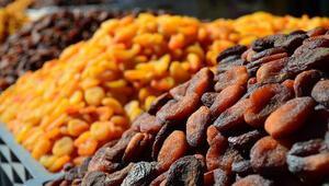 Kayısı ve kuru soğan üretimi güldürdü, sarımsak ve Antep fıstığı üzdü