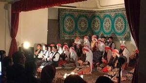 Altınyaylada öğrencilerden türkü gecesi