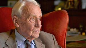 Yazar Christopher Tolkien hayata veda etti