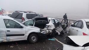 Rusyada zincirleme trafik kazası: 2 ölü, 12 yaralı