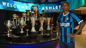 Inter, Ashley Youngı kiralık olarak kadrosuna kattı | Transfer Haberleri