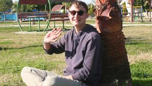 Alman genç, otostopla dünya turu yapıyor