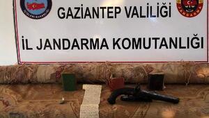 Gaziantepte uyuşturucu ve tarihi eser kaçakçılığına: 3 gözaltı