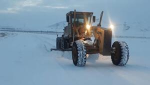 Doğuda kar yağışı nedeniyle 465 yerleşim birimine ulaşım sağlanamıyor