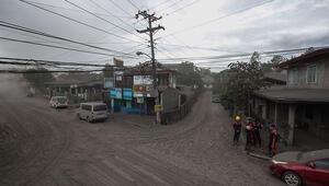 Filipinlerde Taal Yanardağının bulunduğu ada yerleşime kapatılacak