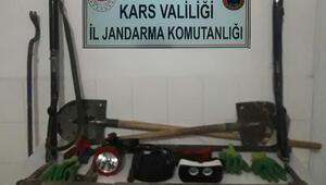 Jandarma'dan definecilere suçüstü