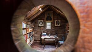 Bir Viking diyarında dünyanın en eski ahşap kitap odası