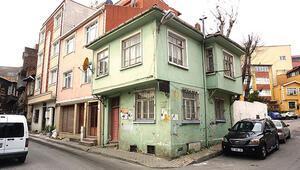 Orhan Kemal'in hatıraları  burada... Çıt çıt sesler gelirdi o evden