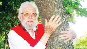 Türkiye 'Toprak Dede'sini kaybetti... Ağaçlar ağlıyor